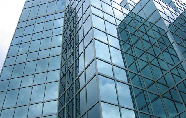اجرای نمای شیشه ای فرم لس با گارانتی